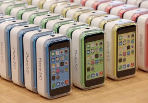 Amid the Success of the iPhone 5s, How is the iPhone 5c Doing